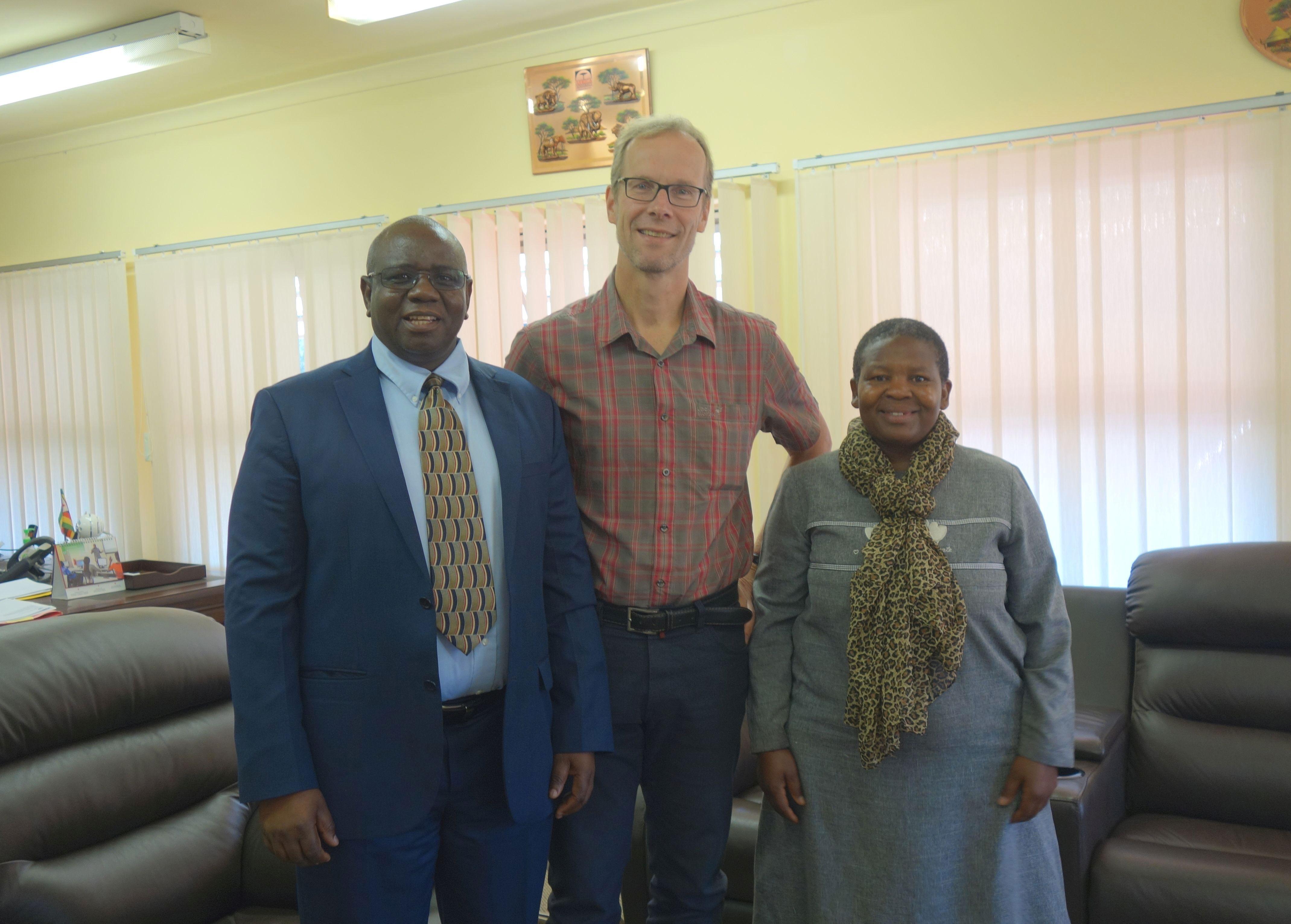 Guest lectureship of Prof. Hajo Zeeb at Africa University, Zimbabwe ...